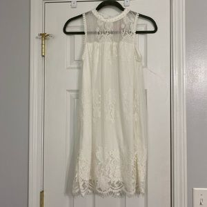 White lace boutique dress